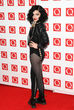Jessie J es m&#xE1;s atrevida y se decanta por medias con agujeros kilom&#xE9;tricos.