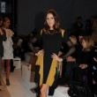 Olivia Palermo en el desfile de Matthew Williamson en la Fashion Week de Londres.