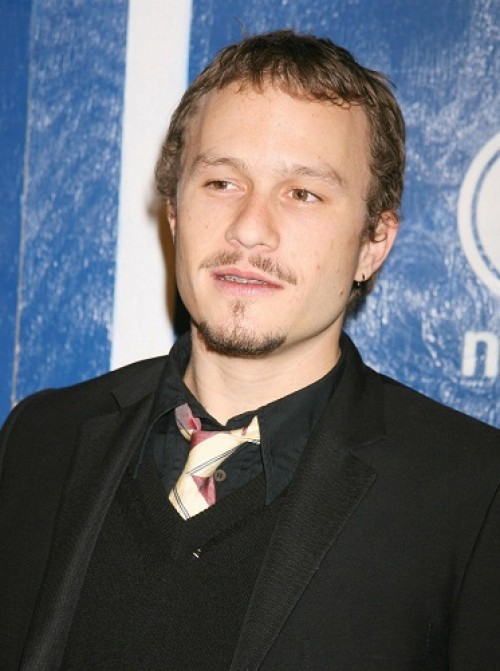 Heath Ledger - Heath Ledger falleci&#xF3; en enero de 2008 a la temprana edad de 28 a&#xF1;os por una sobredosis de medicamentos
